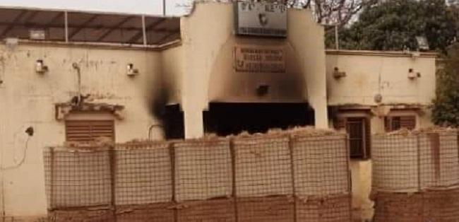 Insécurité au sahel: L'attaque d'un poste frontalier Mali-Burkina fait des morts et de nombreux dégâts matériels